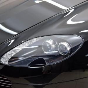Aston Martin Vantage 10