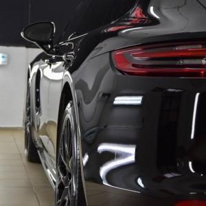 Porsche Panamera 4ss 1