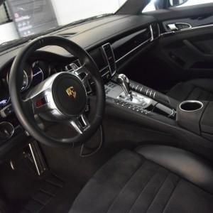 Porsche Panamera GTS 13