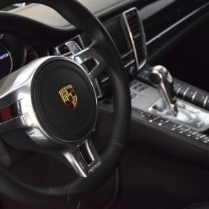 Porsche Panamera GTS 34