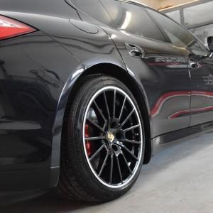 Porsche Panamera GTS 4