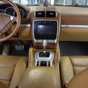Porsche Cayenne S 2 4