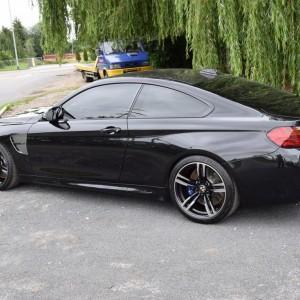 BMW M4 23