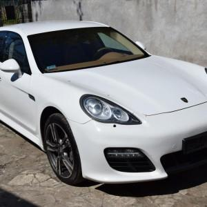 Porsche Panamera 4S 26