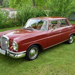 Mercedes W111 2