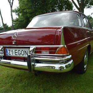 Mercedes W111 25