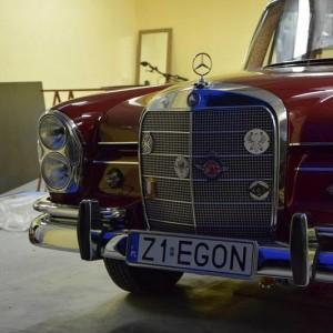 Mercedes W111 39