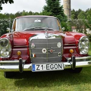 Mercedes W111 42