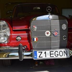 Mercedes W111 57