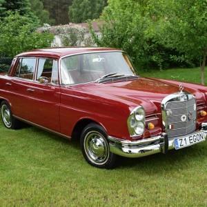 Mercedes W111 80