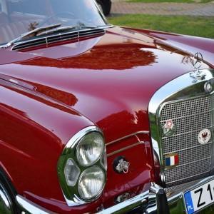 Mercedes W111 82