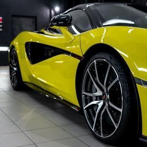 McLaren 570S w wersji Spider 14