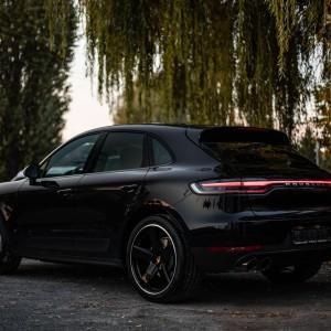 Porsche Macan 9