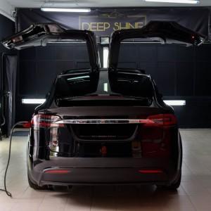 Tesla X zabezpieczenie folią bezbarwną + powłoka cs ultra 4