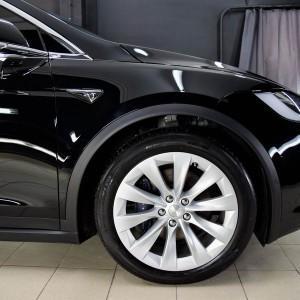 Tesla X zabezpieczenie folią bezbarwną + powłoka cs ultra 9