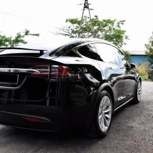 Tesla X zabezpieczenie folią bezbarwną + powłoka cs ultra 16