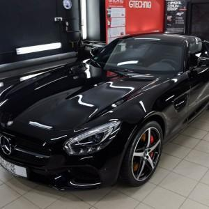 oklejony Mercedes GTS AMG
