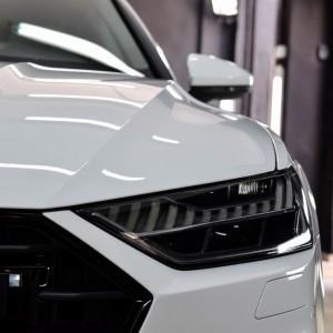 zabezpieczone folią ochronną Audi S7
